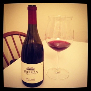 riedel pinot noir wine glass