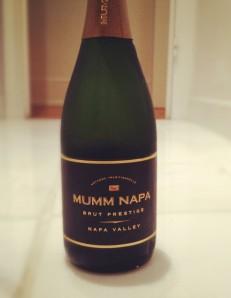 mumm napa brut sparkling wine