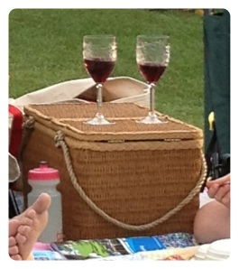 tanglewood picnic basket wine