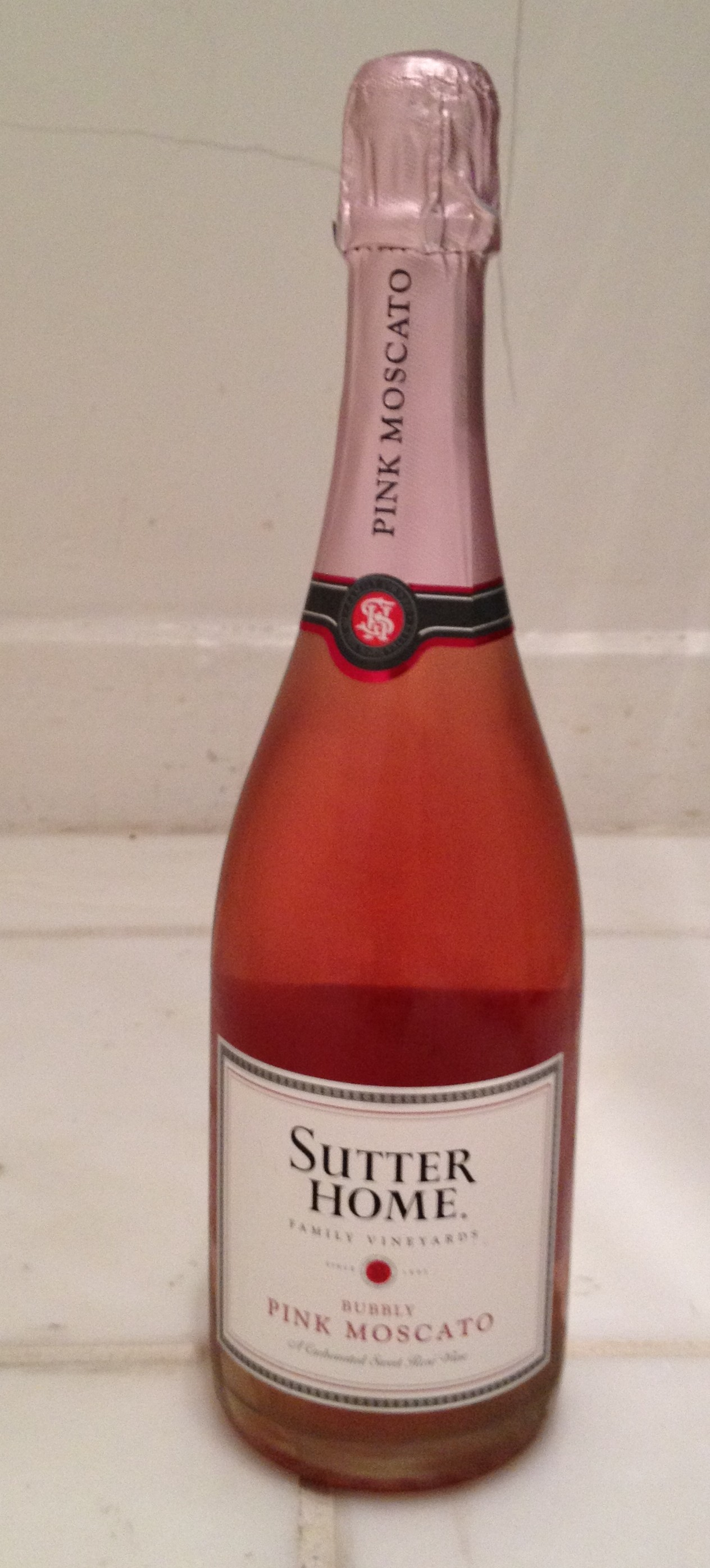 Drink pink grapefriend for Drinks with pink moscato