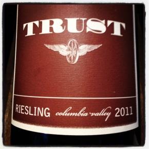 drink me: trustriesling