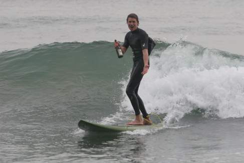 2008 winner-surfing with Cakebread Mike Bagnuolo