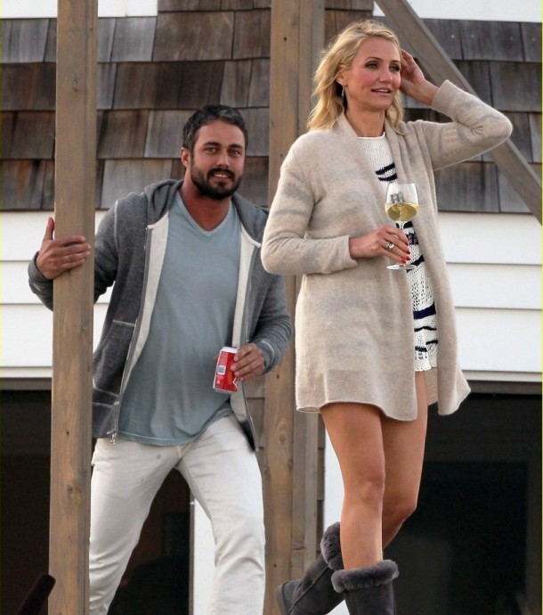 cameron-diaz-taylor-kinney-wine-other-woman