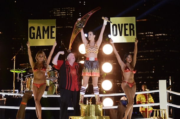 katy-perry-vma game over