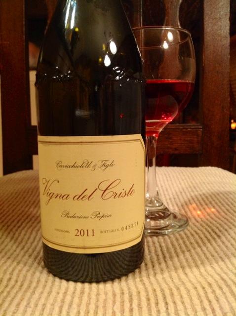 2011 Cavicchioli Lambrusco di Sorbara DOC 'Vigna del Cristo' ($13) was darker, like a savory, dried black cherry.