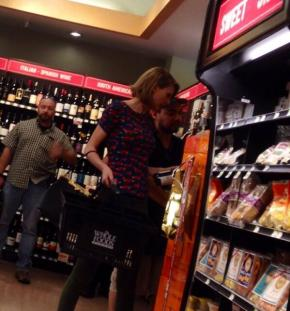 tay tay swiftly goes forgrapes