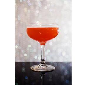 cocktail friend: rosé winedrinks