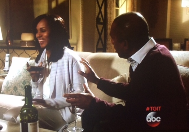 A rare smiling moment between Liv and Papa Pope. I'm sure it's the snobby wine.
