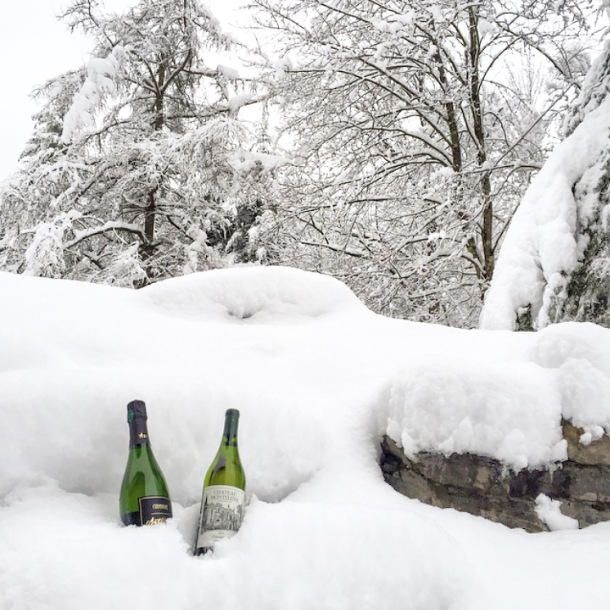 after a massive snowstorm, chilling wine is a snap!