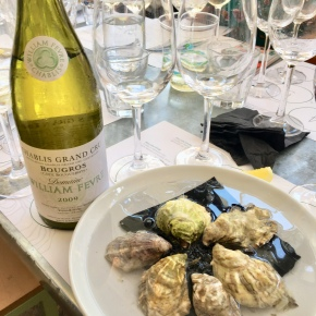 perfect pairing: chablis andoysters